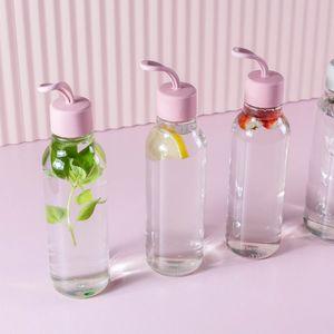 Garrafa-Para-Agua-Esqueeze-Liv-700-ml-Ambientada-1