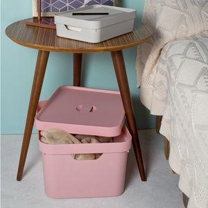 Conjunto-Caixa-Organizadora-Cube-com-Tampa-32-Litros-4-pecas-Ambientada-1